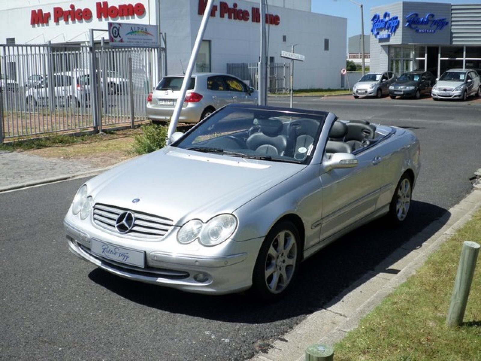 Robbie tripp motors used mercedes benz car dealer cape for Mercedes benz financial phone number
